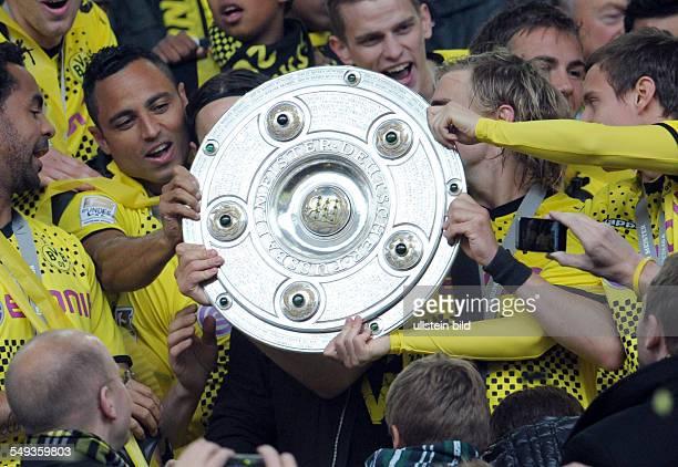 34 Spieltag Saison 2012/2013 BVB SC Freiburg 40 Fussball Saison 20112012 1 Bundesliga 34 Spieltag Borussia Dortmund SC Freiburg 40 Antonio da Silva...