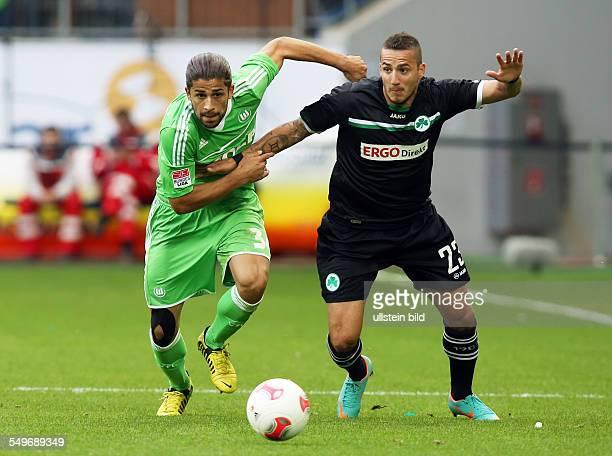 4 Spieltag Saison 2012/2013 Ricardo RodríguezS ercan Sararer Zweikampf Aktion Spielszene VfL Wolfsburg Spvgg Greuther Fuerth Fürth Sport Fußball...