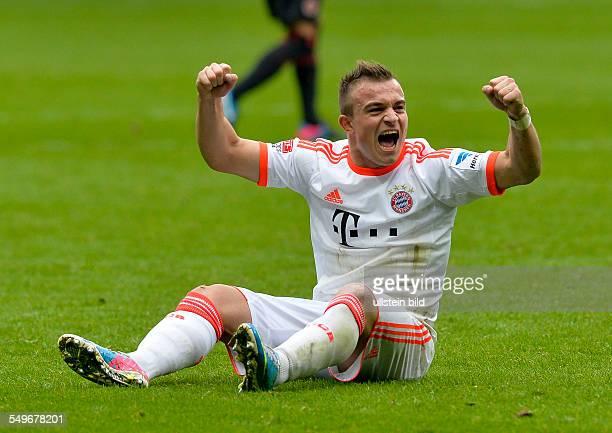 28 Spieltag Saison 2012/2013 Xherdan Shaqiri sitzt auf dem Rasen und freut sich ueber die Meisterschaft nach dem Fussball Bundesliga Spiel Eintracht...