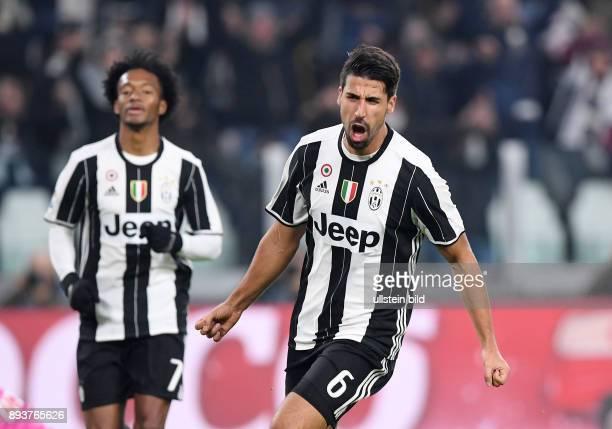 FUSSBALL INTERNATIONAL SERIE A 13 Spieltag SAISON Juventus Turin Delfino Pescara 1936 JUBEL Torschuetze zum 10 Sami Khedira