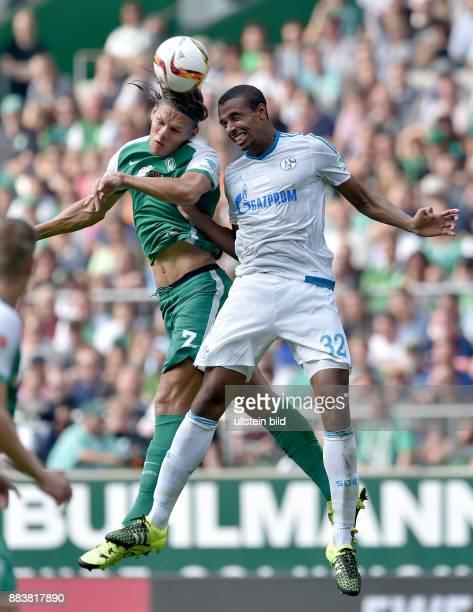 FUSSBALL 1 BUNDESLIGA SAISON 2015/2016 1 Spieltag SV Werder Bremen FC Schalke 04 Jannik Vestergaard gegen Joel Matip