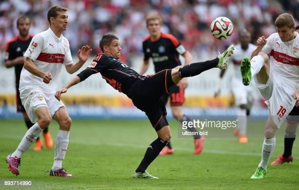 FUSSBALL 1 BUNDESLIGA SAISON 2014/2015 33 Spieltag VfB Stuttgart Hamburger SV Ivo Ilicevic gegen Daniel Schwaab und Timo Werner