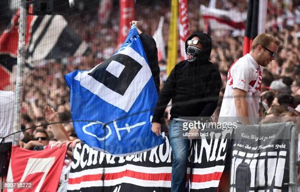 FUSSBALL 1 BUNDESLIGA SAISON 2014/2015 33 Spieltag VfB Stuttgart Hamburger SV VfB Stuttgart Ultras praesentieren in der Cannstatter Kurve eine...