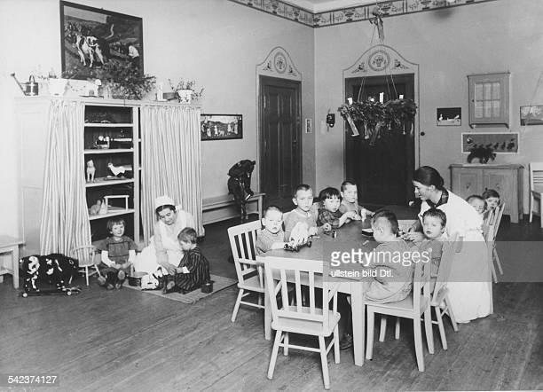 Spielzimmer des Waisenhauses der Stadt Berlin in der Alten JakobstrasseInnenansicht 1927