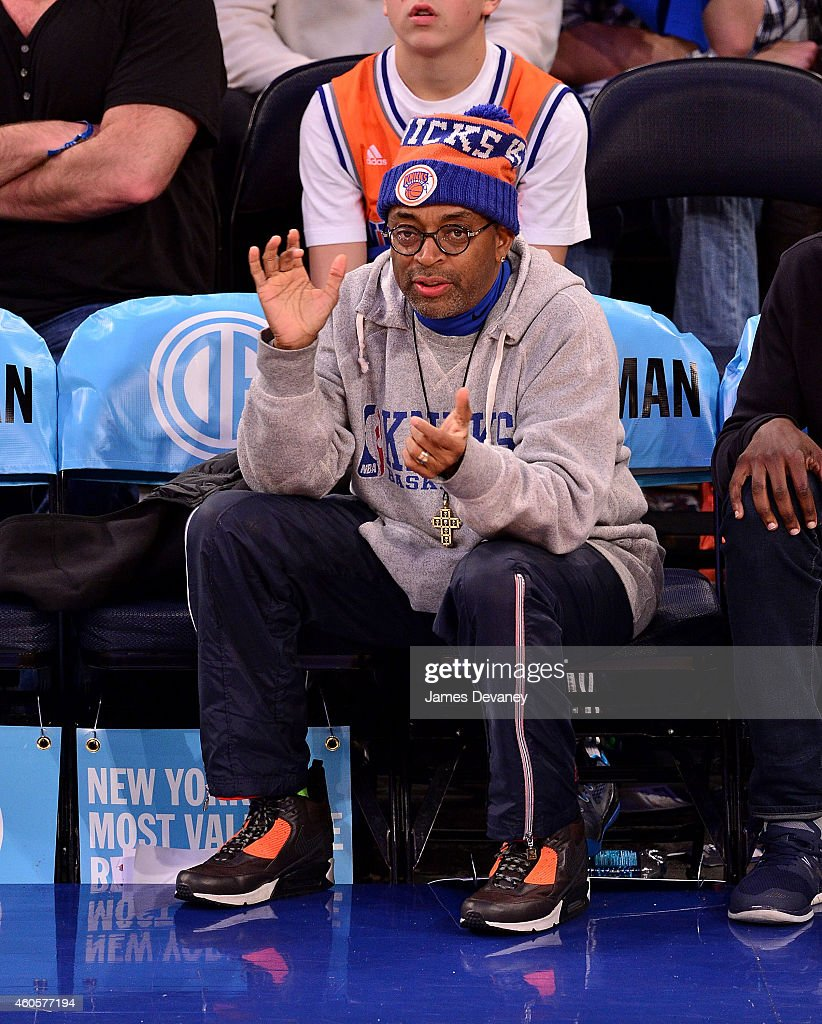 Celebrities Attend New York Knicks  Vs. Dallas Mavericks : News Photo