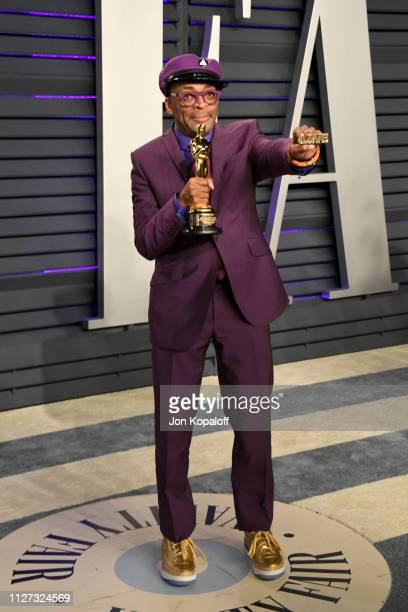 Spike Lee poses with the Oscar for Best Adapted Screenplay during the 2019 Vanity Fair Oscar Party hosted by Radhika Jones at Wallis Annenberg Center...