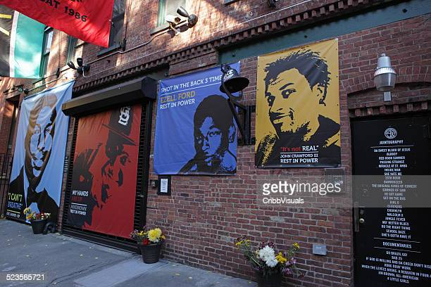 spike lee's studio posters of african americans killed by police - fort greene stock pictures, royalty-free photos & images