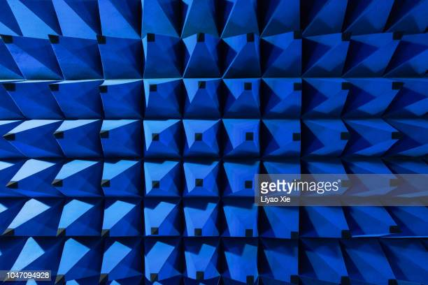 spikes pattern