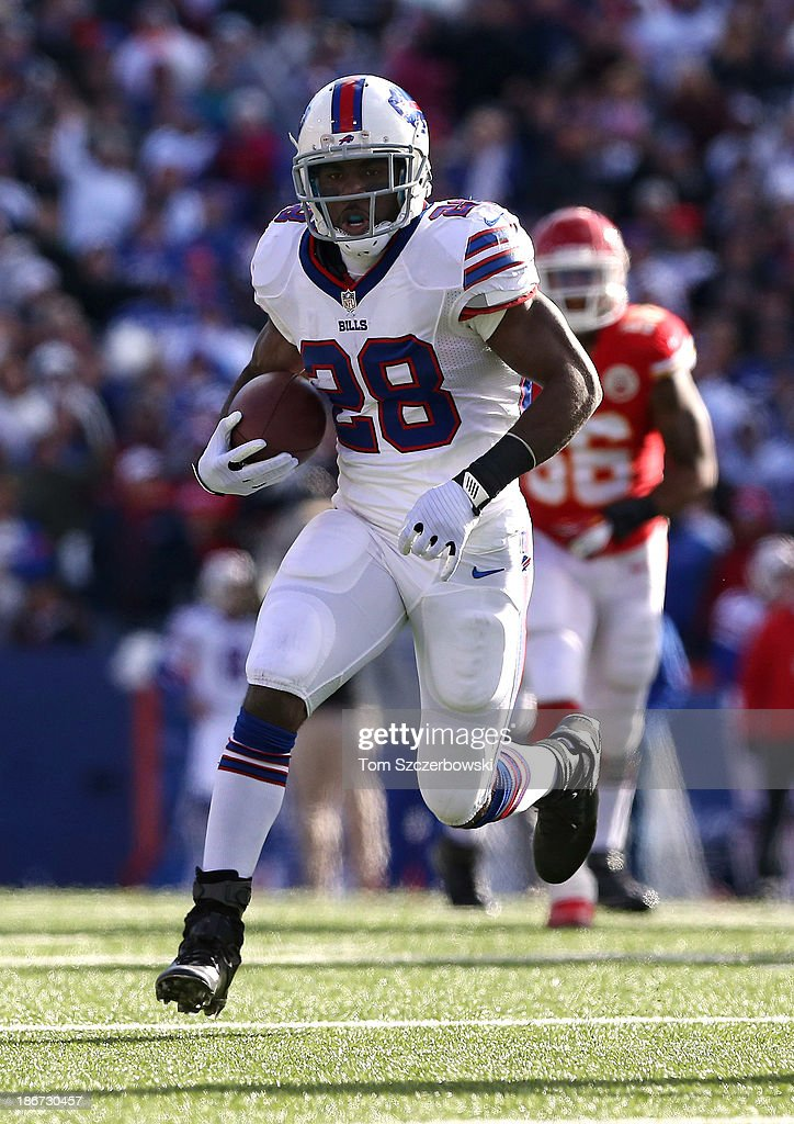 C.J. Spiller #28 of the Buffalo Bills carries the ball during NFL game action against the Kansas City Chiefs at Ralph Wilson Stadium on November 3, 2013 in Orchard Park, New York.