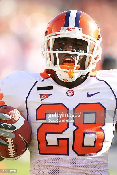 Spiller of the Clemson Tigers carries the ball against the Georgia Tech Yellow Jackets at Bobby Dodd Stadium on September 29, 2007 in Atlanta,...