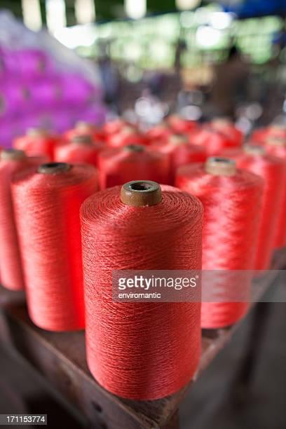 Spindles のタイシルクの織物工場ます。