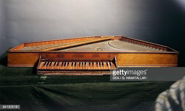 Spinet by Benedetto Floriani Italy 16th century Florence Museo Strumenti Musicali Conservatorio Cherubini