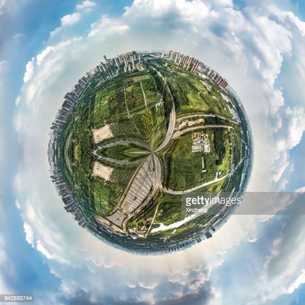 spinning little planet - fish eye foto e immagini stock