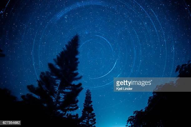 Spinning night sky over Hawaii