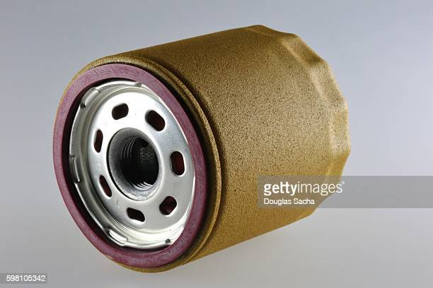 spin-on canister oil filter showing seal and screw-on thread - motor oil stock pictures, royalty-free photos & images