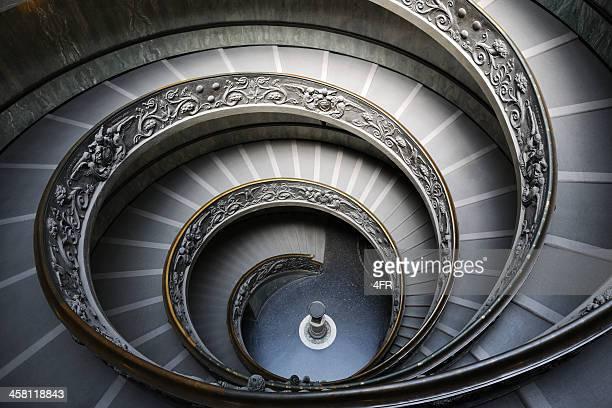 らせん階段のバチカン博物館、ローマ(イタリア)(xxxl - らせん ストックフォトと画像
