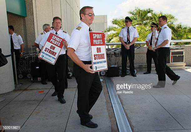 Fort Lauderdale Hollywood International Airport Pictures and