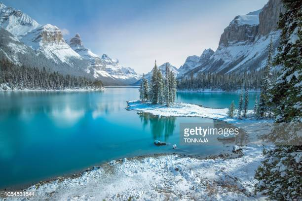 spirit island, jasper , ab, canada - alberta stock pictures, royalty-free photos & images