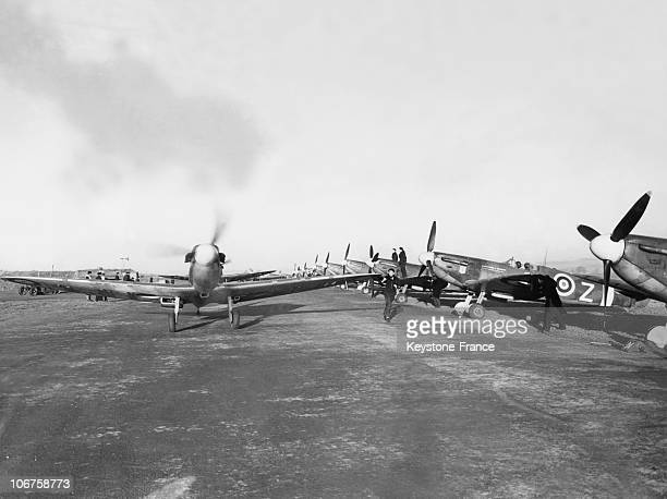 Spitfire From The Squadron Ille De France On The Ground Of Biggin Hill Around 1942