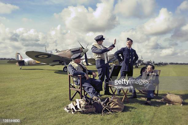 spitfire pilots - raf stock pictures, royalty-free photos & images