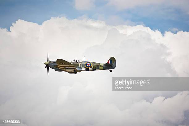 spitfire pl344 at riat 2010 air display england - spitfire stock pictures, royalty-free photos & images