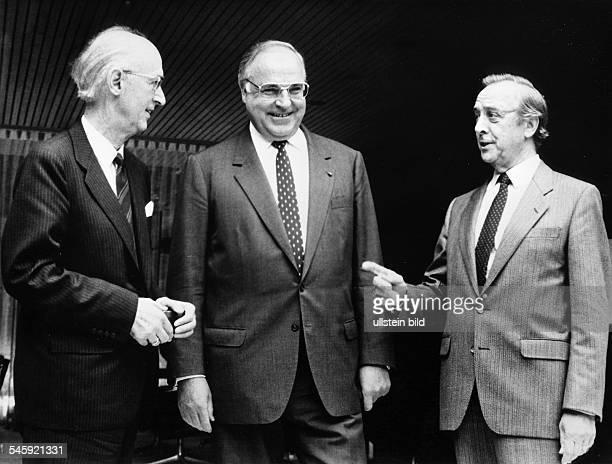 Spitzengespräch im Bonner Kanzleramtmit Bundeskanzler Helmut Kohl, demDAG-Vorsitzenden Hermann Brandt und demPräsidenten der Dt....