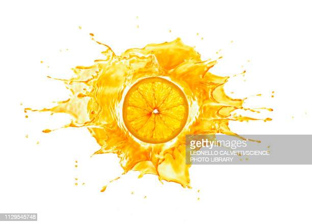 splash with orange slice, illustration - spritzendes wasser stock-fotos und bilder