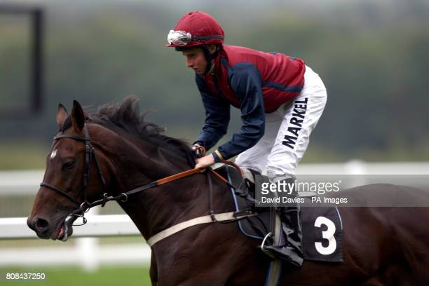 Splinter Cell ridden by jockey William Buick during the EBF Ratcliffes Syndication Classified Stakes