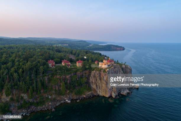 split rock lighthouse at dusk - lake superior - duluth minnesota stock pictures, royalty-free photos & images