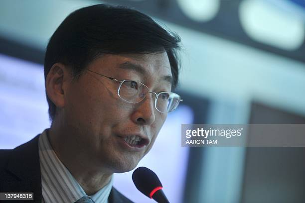 Spokesman for the 2012 Seoul Nuclear Security Summit, Hahn Choong-hee speaks at the Foreign Correspondents' Club in Hong Kong on January 30, 2012....