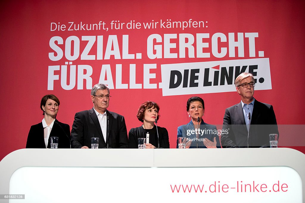 Die Linke party presents program for the Bundestag elections 2017 : News Photo