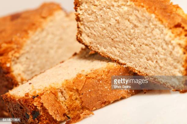 sponge cake - sponge cake stock pictures, royalty-free photos & images
