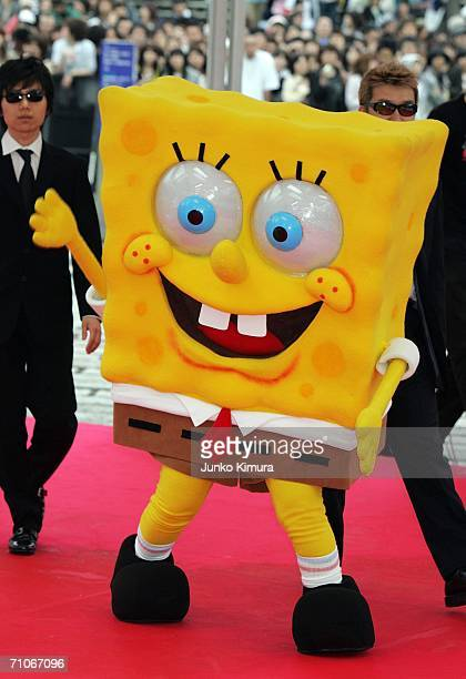 Spongebob Squarepants arrives at the 2006 MTV Video Music Awards at the Yoyogi National Athletic Stadium on May 27 2006 in Tokyo Japan