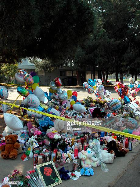 Spontaneous memorial at the crime scene Marcus Wesson suspect mass murder Fresno CA March 2004