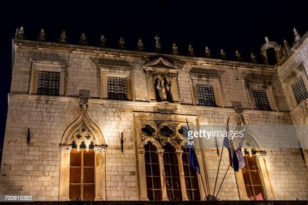 sponza palace in dubrovnik old town,  dalmatia, croatia - limestone pavement stockfoto's en -beelden