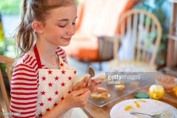 spoon at the ready - baking stock pictures, royalty-free photos & images