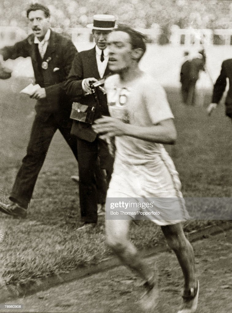 Sport, 1908 Olympic Games in London, Athletics, pic: 24th July 1908, John Hayes, USA, the Gold medal winner, who crossed the line behind Italy's Pietri Dorando but was awarded the the Gold medal as Dorando had received assistance after being in a state of near collapse close to the finish