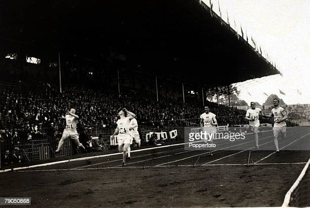 Sport 1924 Olympic Games Paris France Mens 200 metres final Jackson Scholz wins the gold medal for America ahead of his teammate Charles Paddock...