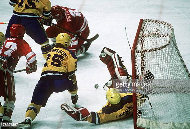 Sport 1988 Winter Olympic Games Calgary Canada Ice Hockey USSR 7 v Sweden 1 A scramble in front of the Sweden net