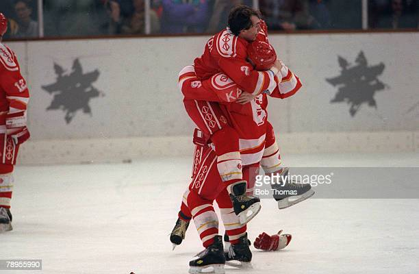 Sport, 1992 Winter Olympic Games, Albertville, France, Ice Hockey, Final, Unified Team 3 v Canada 1, The Unified Team's Darus Kaparaitus and Dmitri...