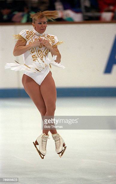 Sport 1992 Winter Olympic Games Albertville France Ice Skating Womens Figure Skating Tonya Harding USA