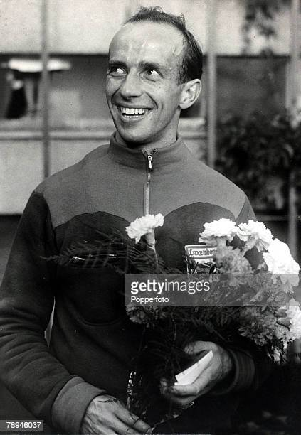 Sport Athletics 1952 Olympic Games in Helsinki pic 27th July 1952 The mens 1500 metres champion Josef 'Josy' Barthel of Luxembourg who won the gold...