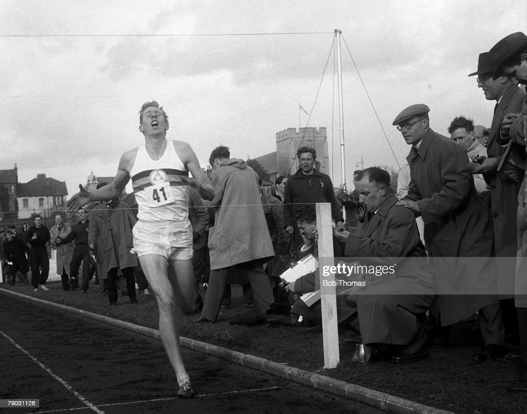 Sport, Athletics, Four Minute Mile, Iffley Road, Oxford, England, 6th May 1954, Great Britain's Roger Bannister crosses the finishing line, becoming the first athlete to break the four minute barrier for the mile in a time of 3 minutes 59,4 seconds