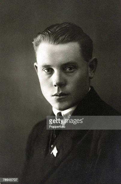 Sport, Athletics, pic: circa 1920's, Paavo Nurmi, Finland who won 9 Olympic gold medals, including the 10000 metres gold in 1920 and 1928, the 1500...