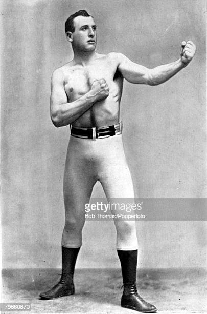 Sport Boxing circa 1894 Dan Creedon New Zealand born who won the Middleweight Championship of Australia He went to America in 1893 and in the...