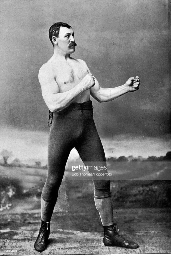 Sport, Boxing, circa 1894, Mike Conley, 'The Ithaca Giant' from Pennsylvania who fought top fighters Frank Herald and Joe McAuliffe, beating the former but losing in 2 rounds to the latter : Foto di attualità