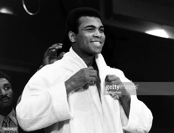 Sport Boxing Heavyweight Title Challenge New York 7 March 1971 Muhammad Ali smiles after a prefight training session before his challenge to the...