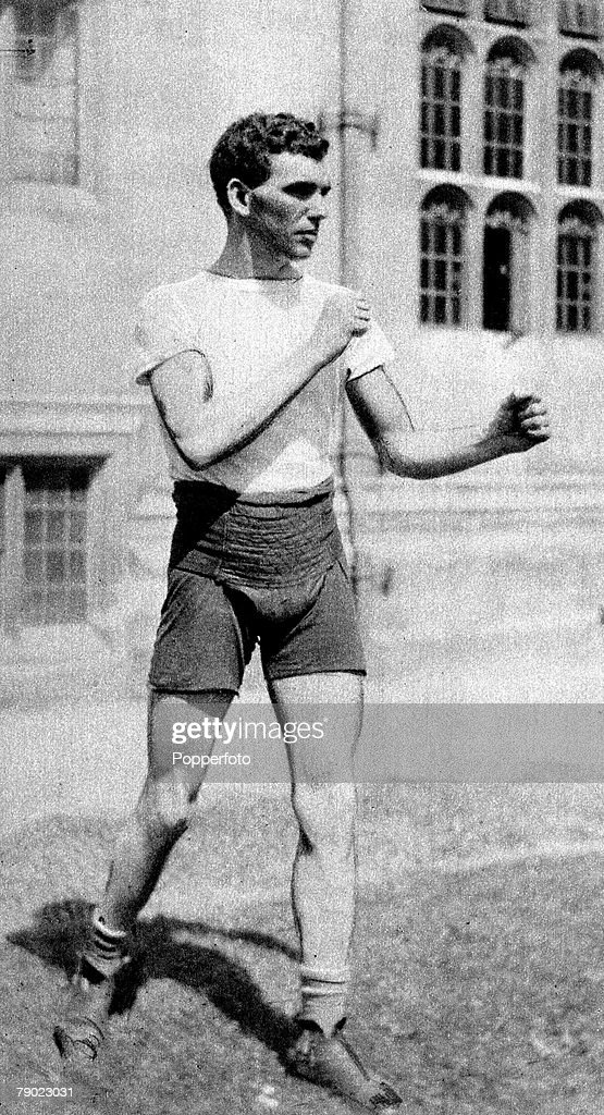 Sport. Boxing. Middleweight. 1920 Olympic Games. Antwerp, Belgium. Harry Mallin, Great Britain, the Gold medal winner who remained Olympic Champion when he won again in the 1924 Paris Olympics. : News Photo
