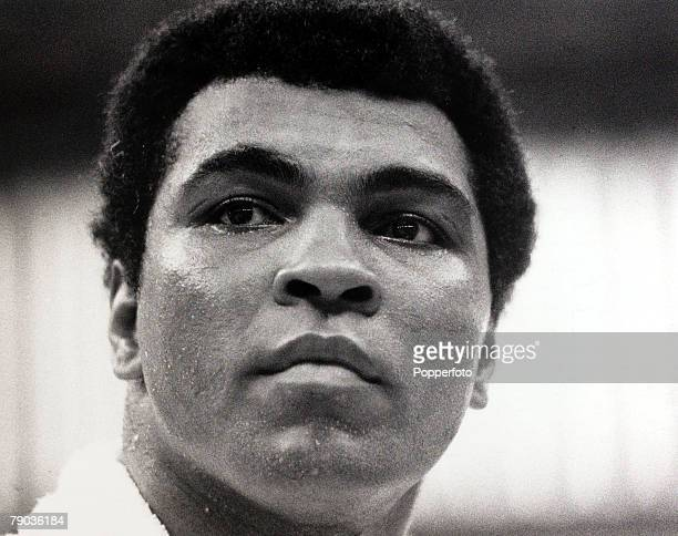 Sport Boxing New Orleans USA 10th September 1978 World Heavyweight Champion Muhammad Ali in a break from training for his Heavyweight title defence...