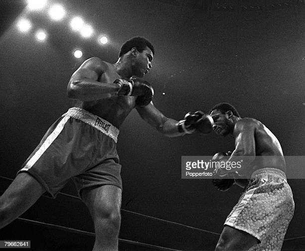 Sport Boxing New York USA 8th March 1971 Muhammad Ali jabs at the World Heavyweight Champion Joe Frazier during his losing challenge on points over...